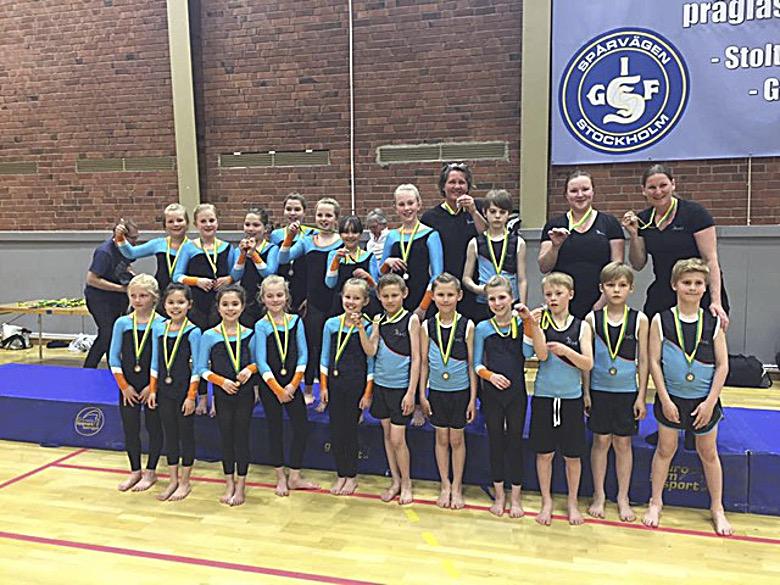 Medaljregn för gymnasterna