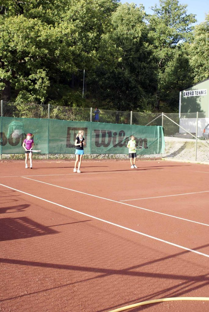 Ekerö tennisklubb får bygga nya banor