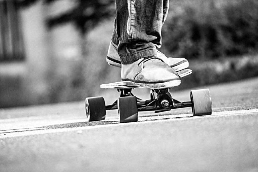 Lagligt att åka skateboard