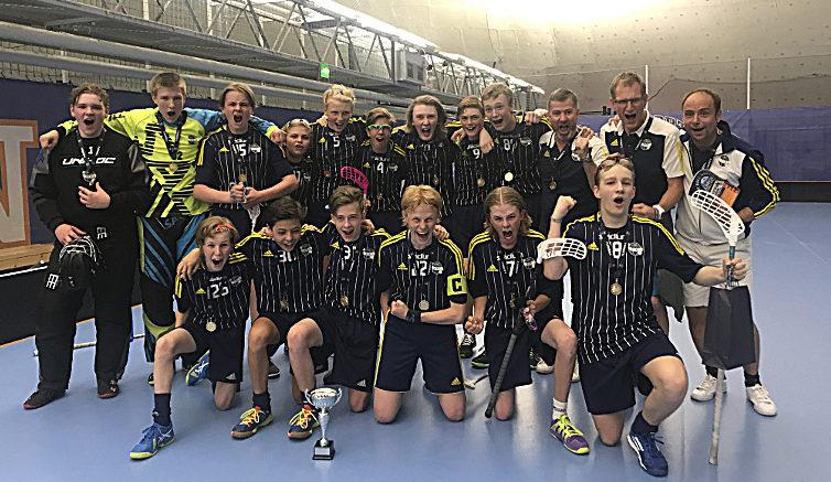 Ekerö IK:s innebandylag P-03 vinnare av Helsinki junior challenge 2018