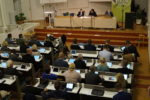 Balansgång på fullmäktiges första möte